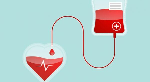 Voluntary Blood Donation in Maharashtra :: State Government's Campaign